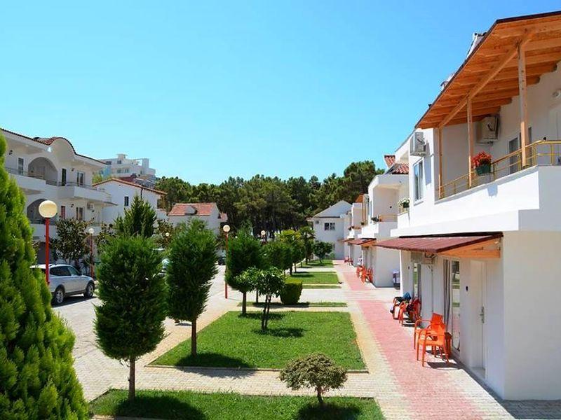 Diamma Resort