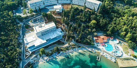 teren hotelu, basen, plaża