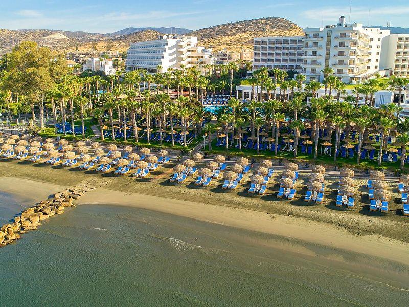 Grand Resort