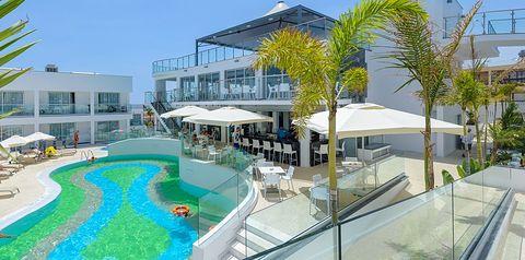 obiekt, basen, restauracja