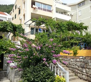 Villa Vania