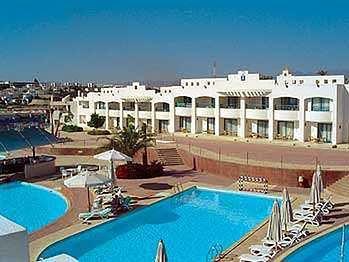 Royal Rojana Resort