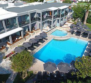 Dionysos Hotel & Studios (Chaniotis)