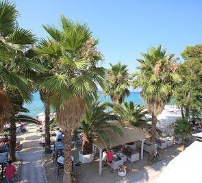 Flegra Beach Boutique
