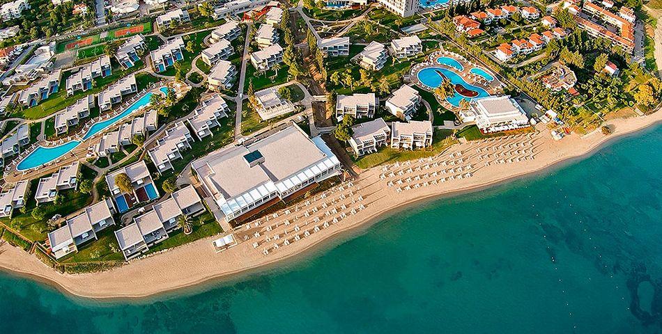 obiekt, budynek główny, teren hotelu, basen, plaża