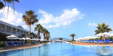 LABRANDA Sandy Beach Resort (ex Aquis Sandy Beach Resort)