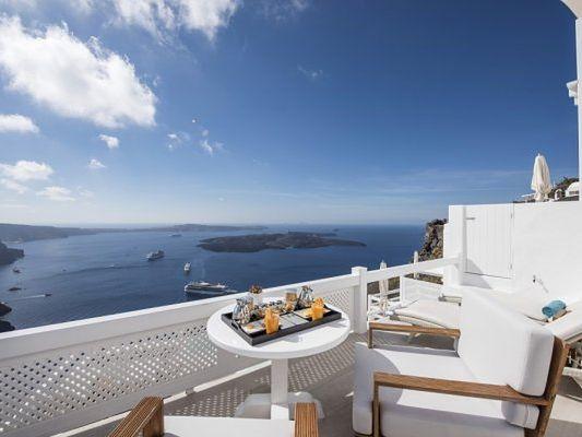 Luxury Aqua Suites Santorini