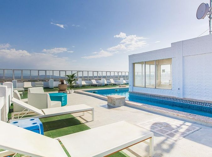 Blue Sea Arenal Tower (adults only)