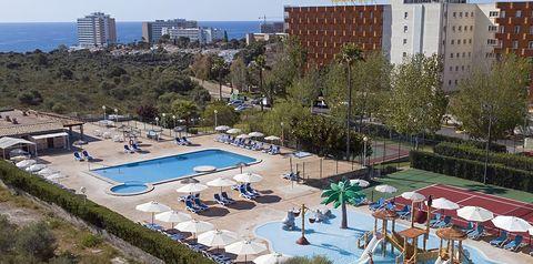 teren hotelu, basen, dla dzieci