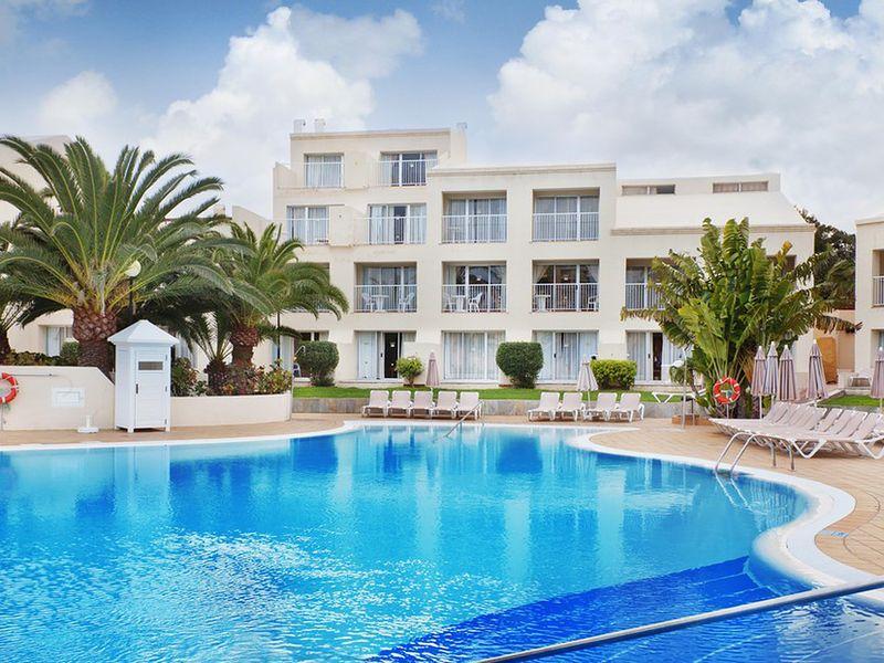 RIU Oliva Village Resort