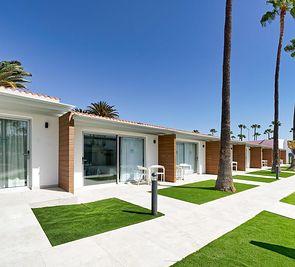 Sanom Beach Resort