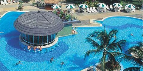 basen, teren hotelu
