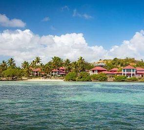 Le Cap Est Lagoon Resort