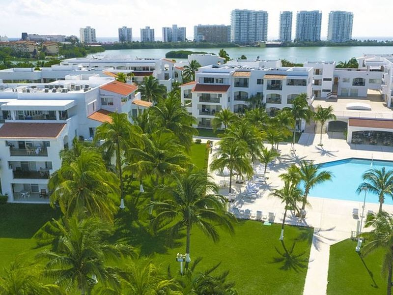 Beach Scape Villas Kin Ha