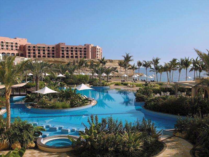 Shangri La's Al Jissah Resort