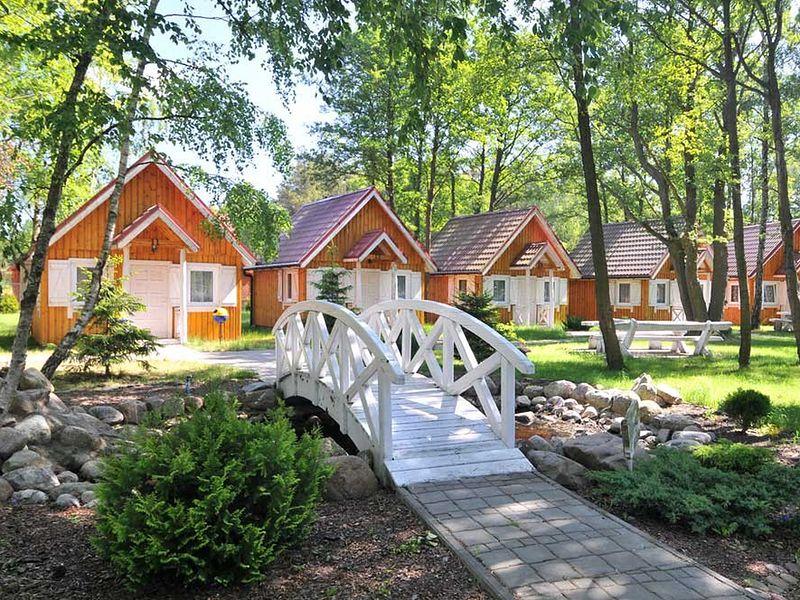 Bursztyn - domki letniskowe