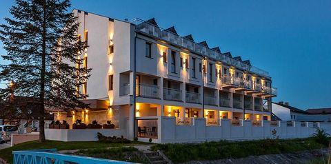 obiekt, budynek główny, teren hotelu, balkon / taras
