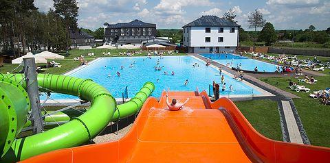 teren hotelu, basen, aquapark, zjeżdżalnia, brodzik, dla dzieci, plac zabaw