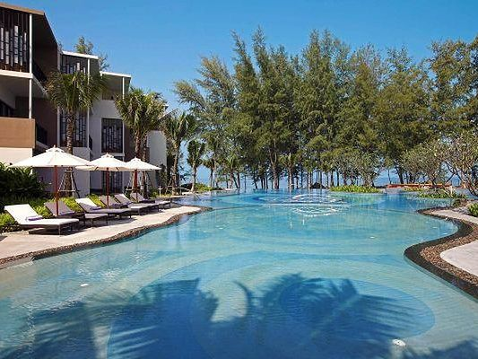 Holiday Inn Resort Phuket Mai Khao Beach Resort