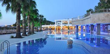 Kairaba Blue Dreams Resort  SPA