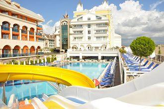 Dream World Resort Spa