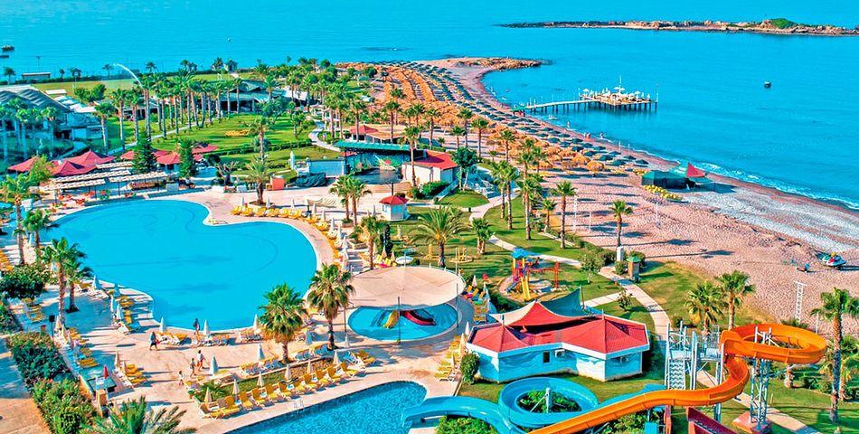 basen, aquapark, zjeżdżalnia, plaża