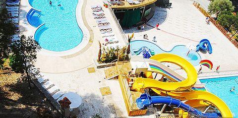 basen, zjeżdżalnia