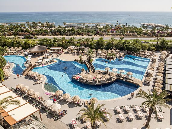 Long Beach Resort & Spa Deluxe