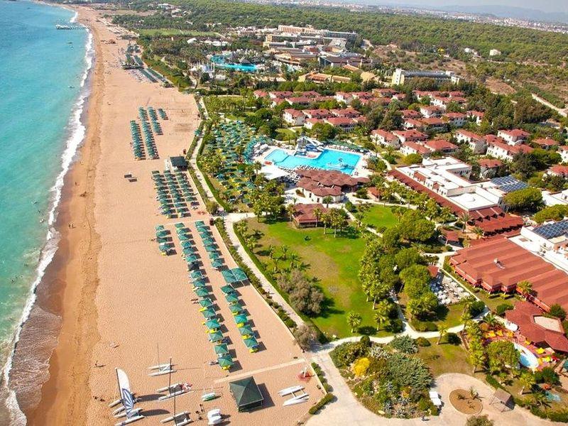 Paloma Paradise Beach