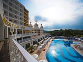 Oz Sui Resort