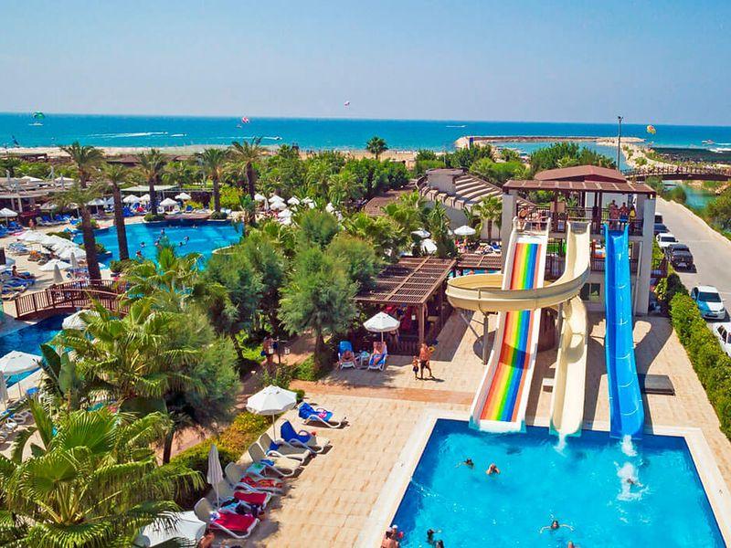 Sunis Evren Beach