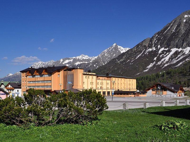 Grand Miramonti