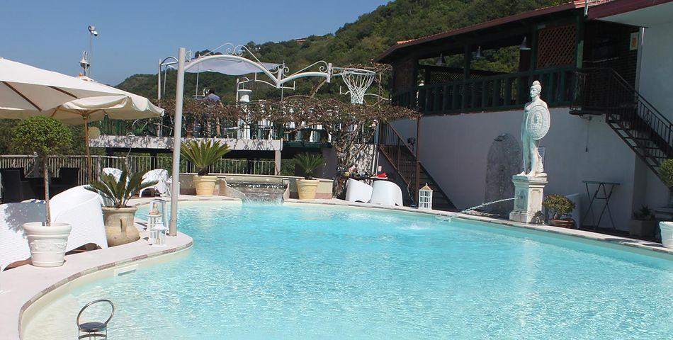 teren hotelu, basen, sport i rekreacja