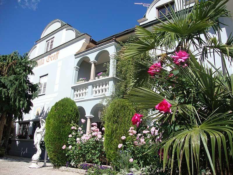 Villa Groff